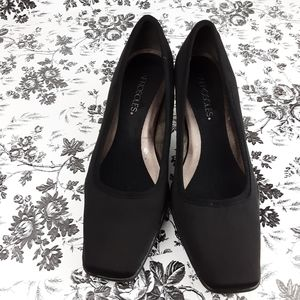 Aerosoles Cinnamon Roll Black Fabric Pumps 9.5M